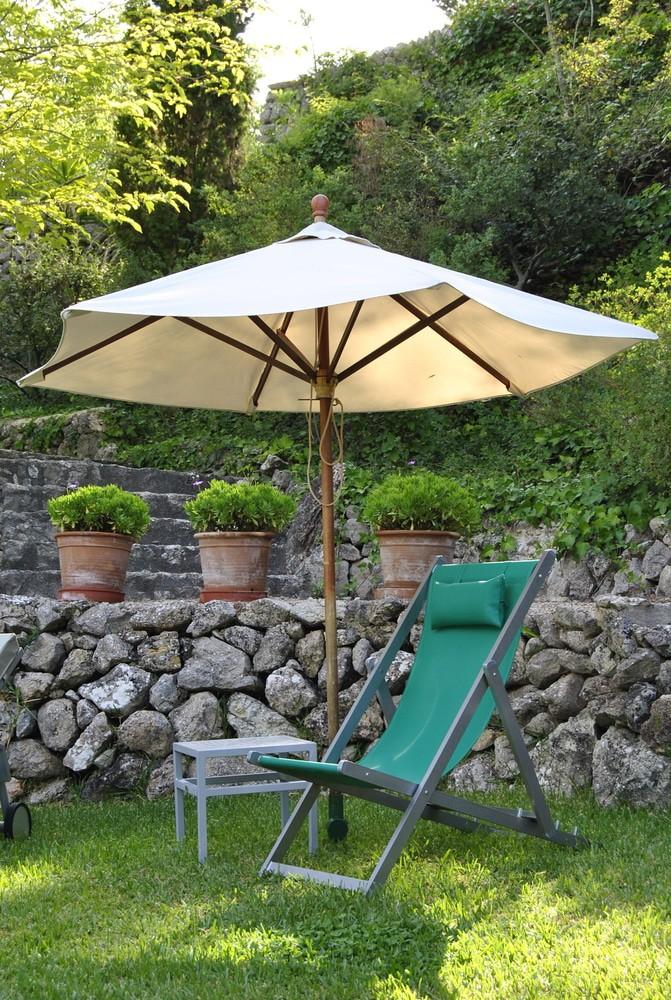 Houten parasol